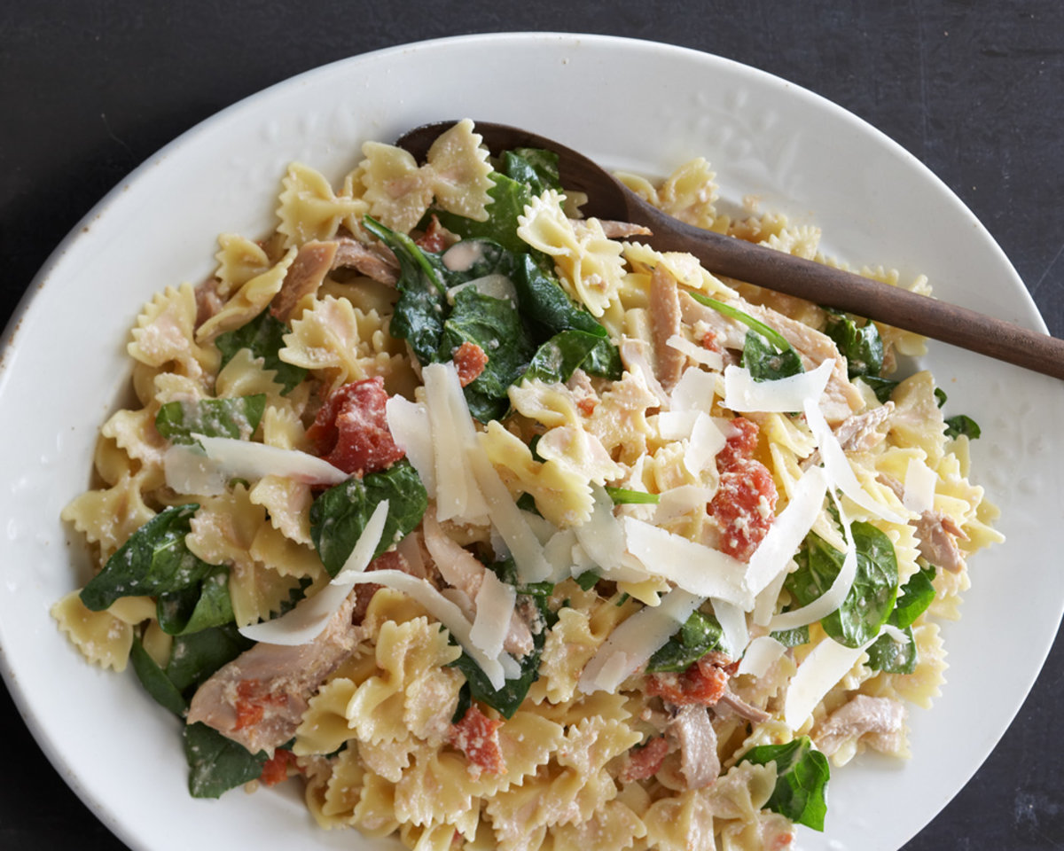 Farfalle With Ricotta & Sauteed Chicken